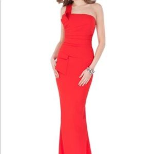 Glamour By Terani Couture Dress